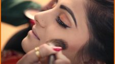 beauty parlor business in hindi